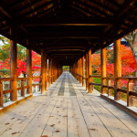 通天橋一帯が紅葉の名所の寺院は?京都検定過去問!