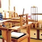 丸台や角台、高台などを使って数十本の糸を組み上げ、多くの行程を経て完成する伝統工芸品は? 京都検定三級過去問!