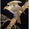 地金に布目の溝を彫り色の異なった金属をはめこみ装飾する伝統的工芸品は?